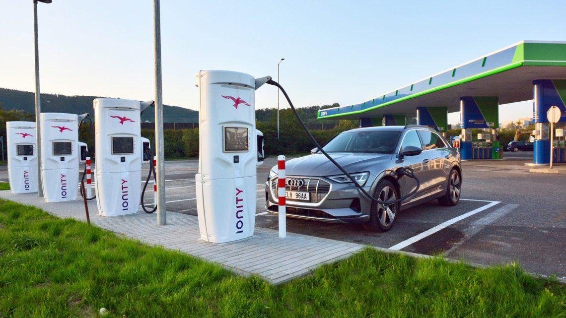 OMV a IONITY společně otevřou první stanici pro elektromobily v ČR